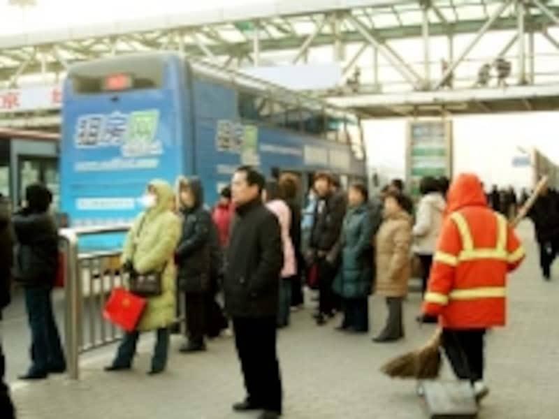 町の美化推進に、国をあげて取り組んでいる首都・北京