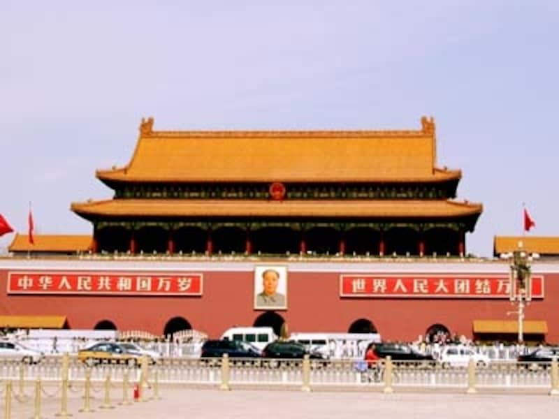 北京のシンボル・天安門。毛沢東の肖像画が印象的