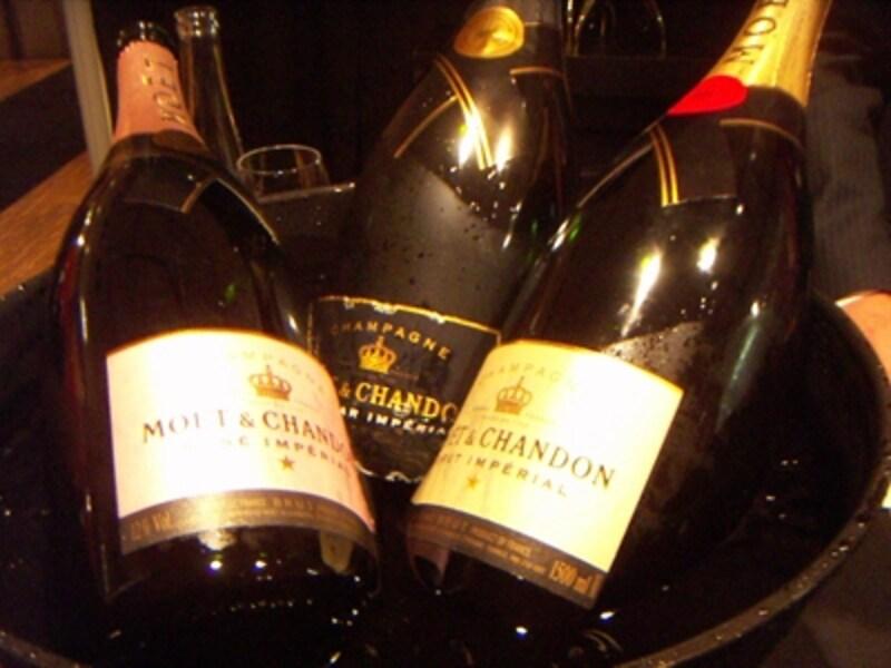 フランスと日本での価格差はワインによってさまざま