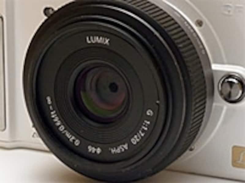 マイクロフォーサーズ用20mm/F1.7は換算で40mm相当となるので広角レンズというには微妙なところ。