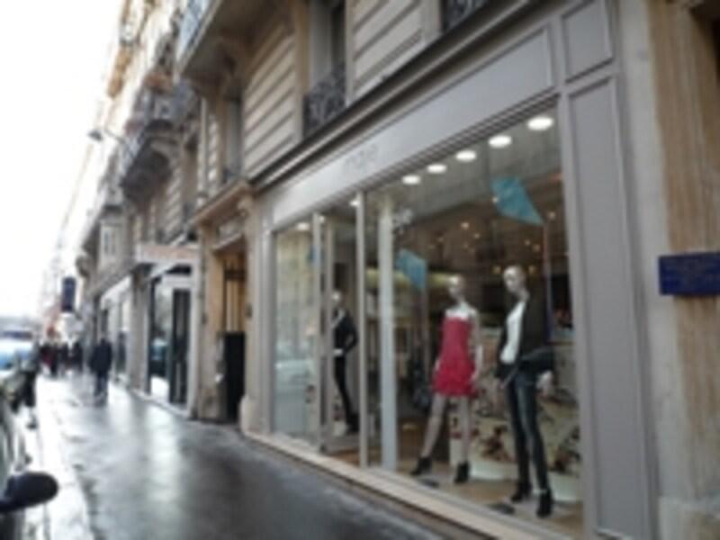 パリのトレンドをキャッチするならこの通り