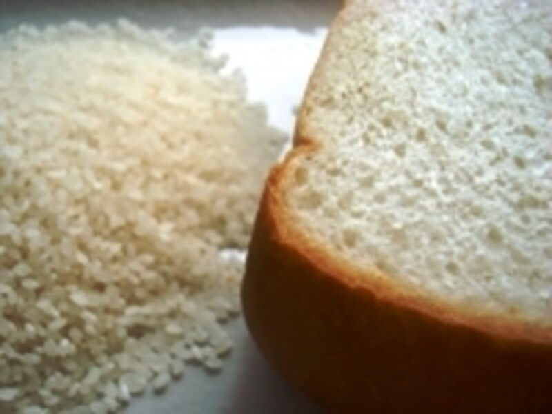 炭水化物抜きは、カラダに大きな負担。リバウンドの原因にもなるので、主食は欠かさずに!