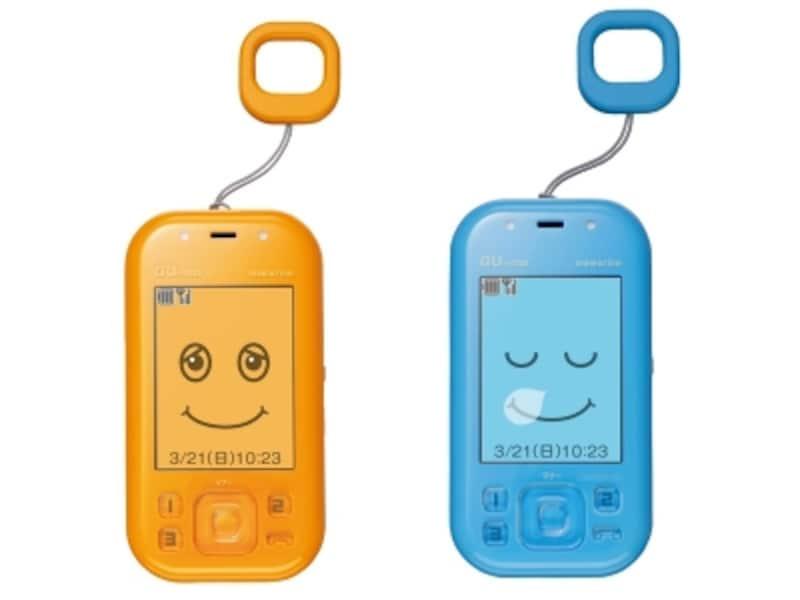 auの子ども向けケータイの最新モデル「mamorino」。機能を大きく絞り込んでいるのが特徴