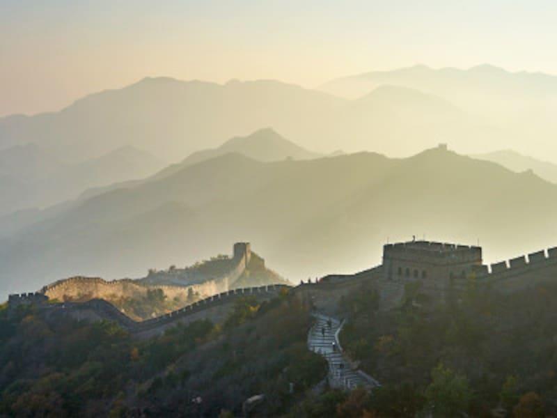幻想的な万里の長城の朝