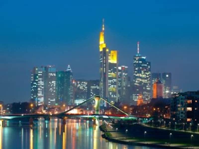 ヨーロッパでは珍しいフランクフルトの高層ビル群©Keute,Jochen