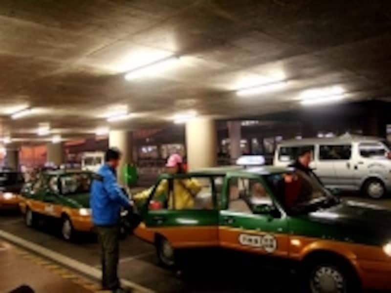 T3のタクシー乗り場