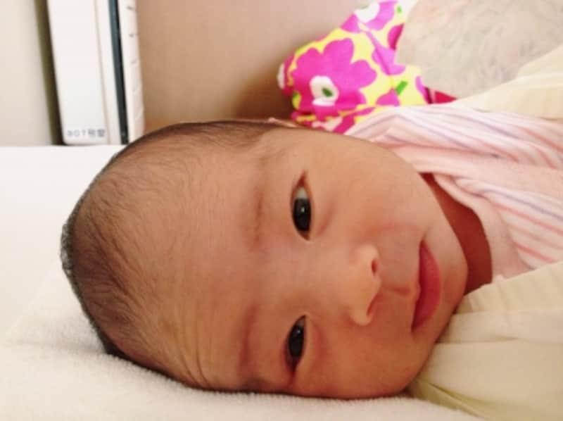 生後1ヶ月睡眠時間や授乳間隔の変化・体重増加・外出デビュー