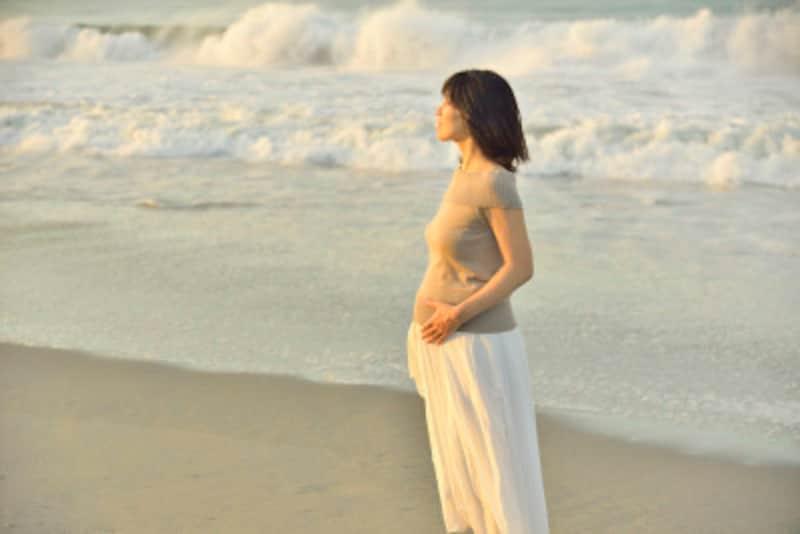 経過が順調ならば、妊娠中もウォーキングなど適度な運動を