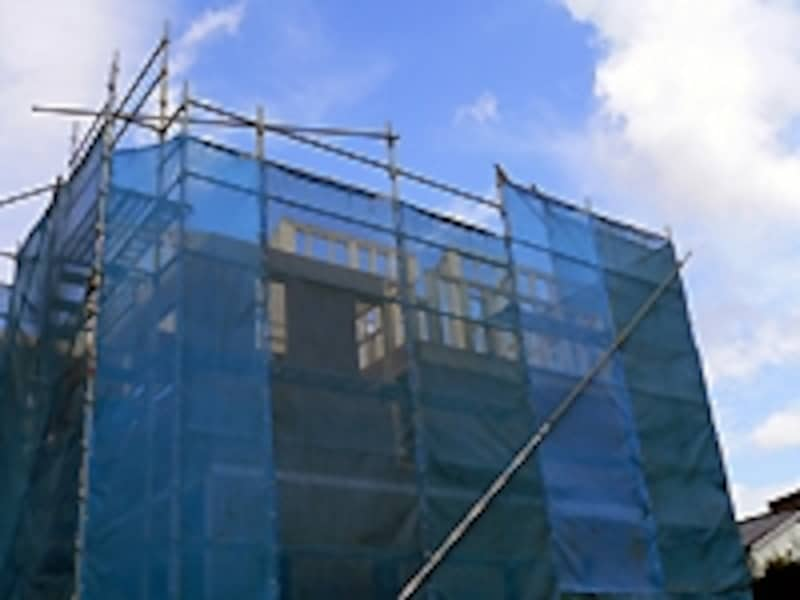 工事中の新築住宅
