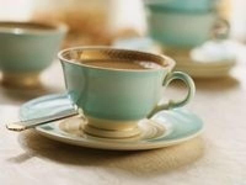 コーヒーとお菓子の出し方のマナー