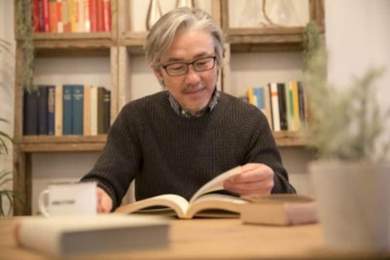 静かに本を読んだり調べものをしたり。ライブラリーも人気の高い施設です