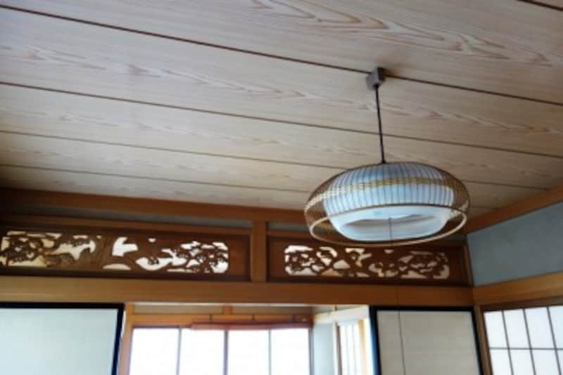 日本家屋で見かける欄間(らんま)は、住居内の風通しを良くする効果があります