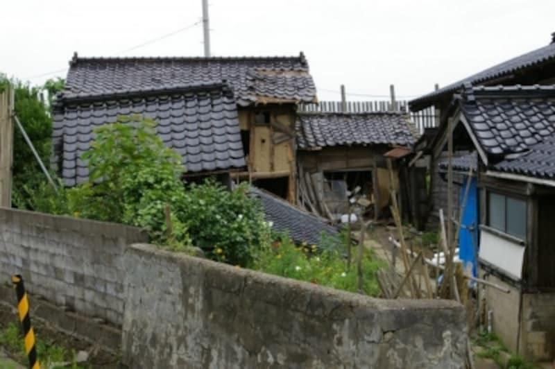 新潟県中越沖地震で被害にあった家屋※2)