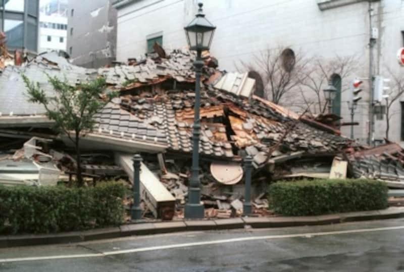 阪神淡路大震災では古い木造家屋に被害が多く見られました※3)