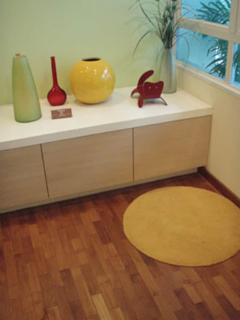 人気の床仕上げはフローリング。日本と同じですね。