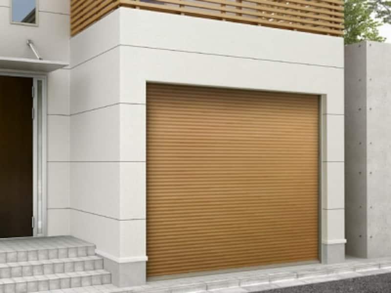 ガレージ内に風と光を取り入れることができる、換気孔付スラット仕様も。ナチュラルな雰囲気の木目調のタイプも揃う。undefined[ガレージシャッタークワトロ(電動/手動)]undefinedLIXILundefinedhttp://www.lixil.co.jp/