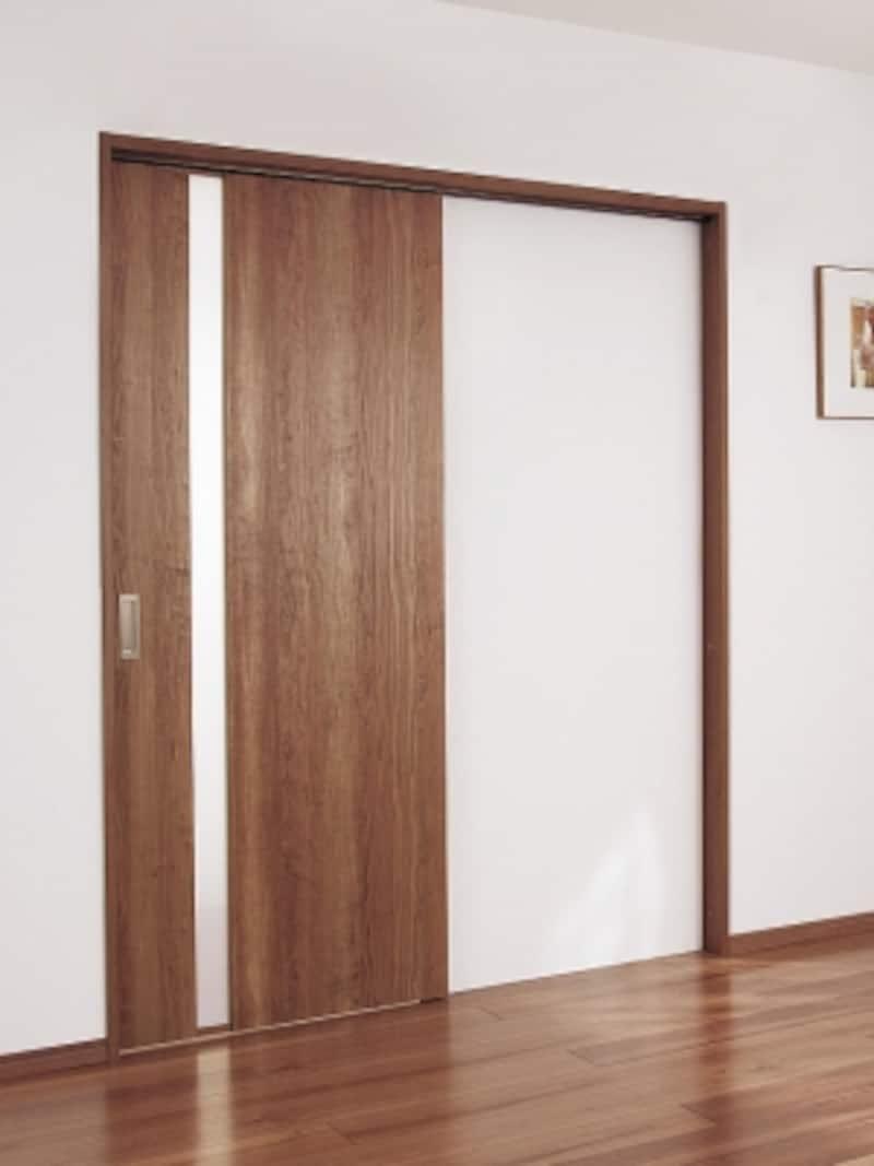 作業を行うスペースの開口部は、開き戸よりも開け放しておくことが可能な引き戸が使いやすい。[内装ドア上吊り引戸WB型片引き]undefinedパナソニックエコソリューションズundefinedhttp://sumai.panasonic.jp/