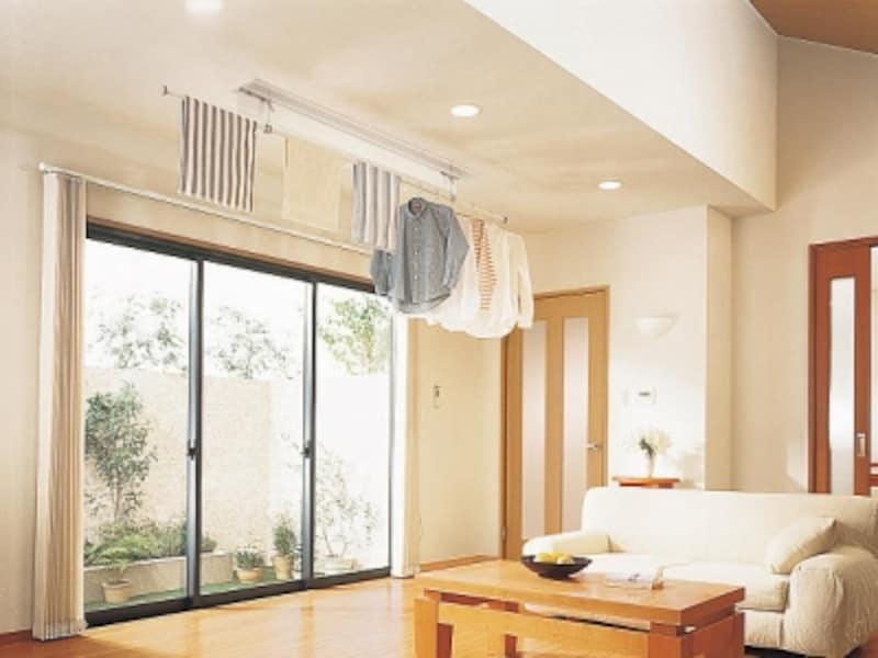 使用しない時には、天井にすっきりと収まるので、インテリアの邪魔にならない。[ホシ姫サマ〈電動シリーズ〉]undefinedパナソニックエコソリューションズundefinedhttp://sumai.panasonic.jp/