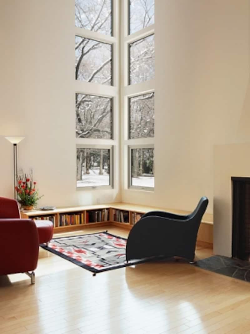高い位置まで窓を設けることで、多くの光を取り込むことが可能。undefined[エルスターX]LIXILundefinedhttp://www.lixil.co.jp/