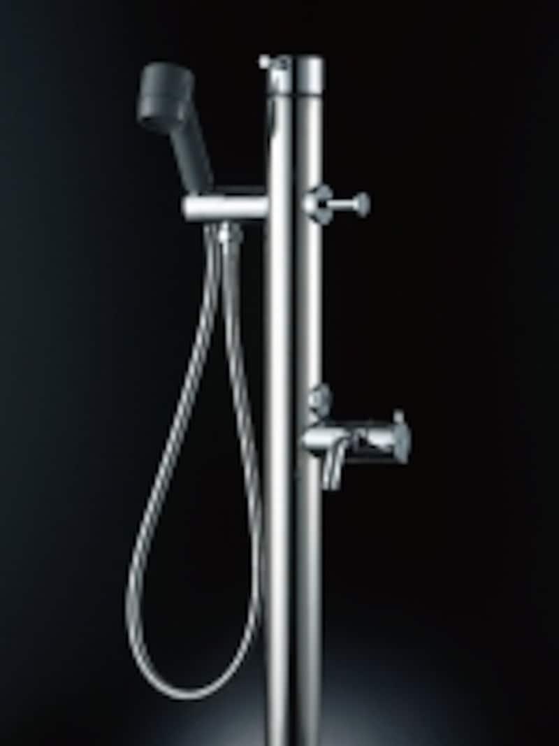 ペットのシャンプーだけでなく、ガーデニングなどでも便利に使うことができる。[ペット用水栓柱]undefinedLIXILundefinedhttp://www.lixil.co.jp/