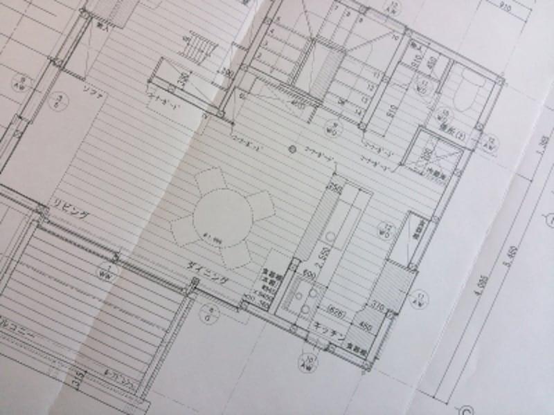 部屋の配置や広さなどはもちろん、ドアや窓の位置や開閉方法は使い勝手に大きく影響する