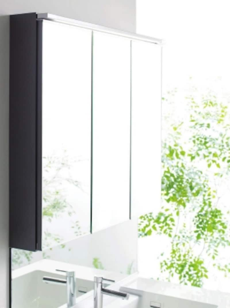 直線基調のシンプルなデザインにLED照明も合わせすっきりと。鏡のくもり止めコートは、電気を使わない、エコ仕様なので、点けたり消したりする手間も省け、また、ヒーターを使っていなでの待ち時間がない。undefined[エスクアLS]undefinedTOTOundefinedhttp://www.toto.co.jp/