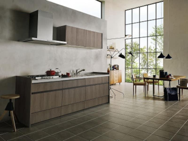 壁面にすっきりと設置したI型のキッチン。空間のイメージに合わせた、デザイン性の高い家具のような雰囲気も。[アレスタオープンキッチン壁付I型] LIXIL http://www.lixil.co.jp/