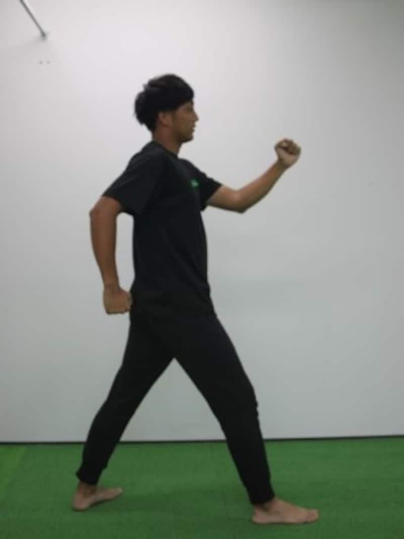 運動会のかけっこ練習・腕が上がりすぎるのもNG!