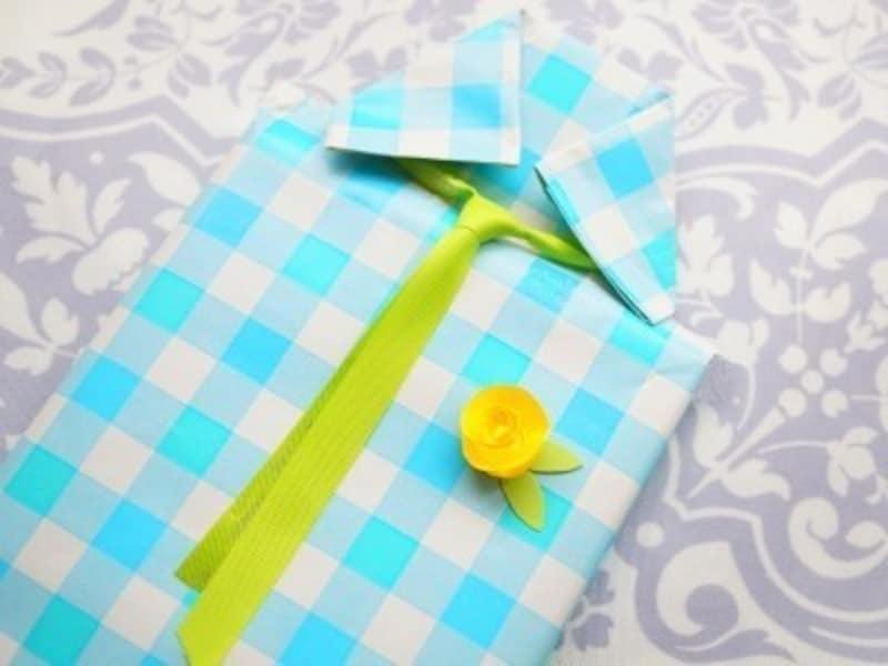 父の日手作りプレゼント製作ネクタイ付シャツ型ラッピング