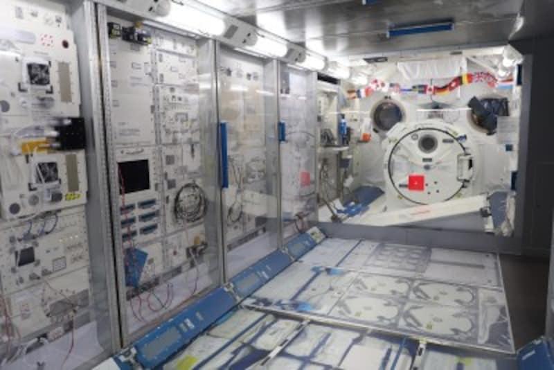 岐阜かかみがはら航空宇宙博物館、国際宇宙ステーション(ISS)の日本実験棟「きぼう」の実物大模型