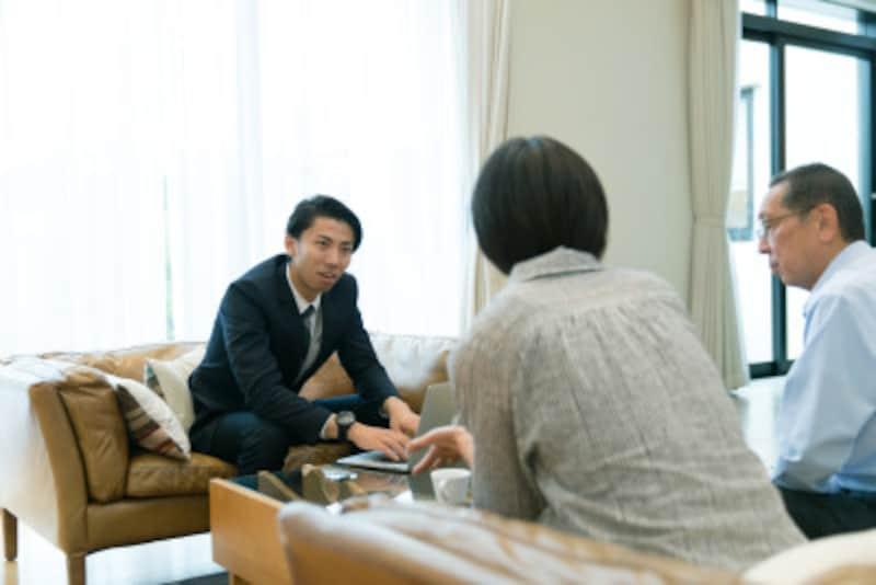 雑談力を高めるために、仕事以外の話題を持ちましょう
