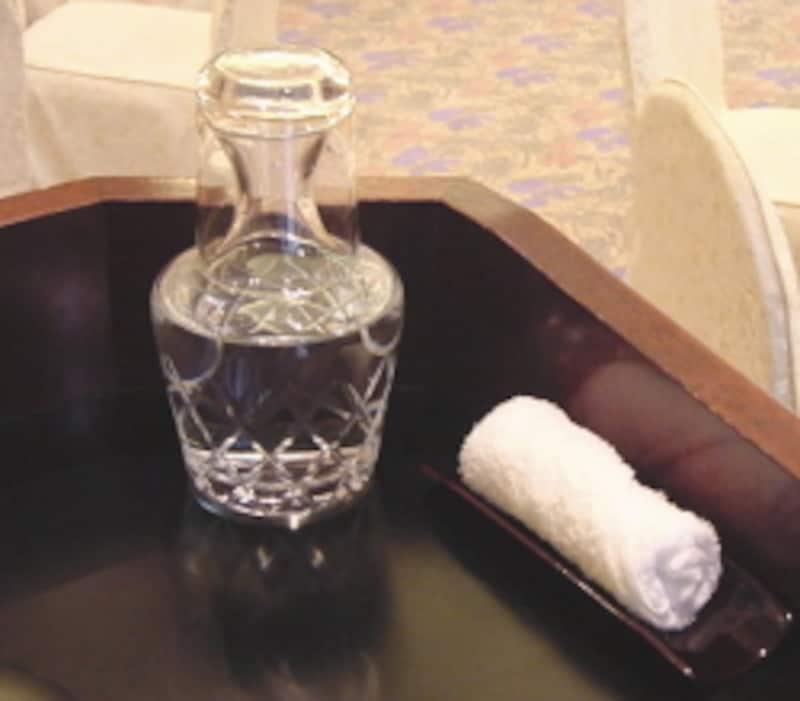 会議 飲み物 ペット ボトル