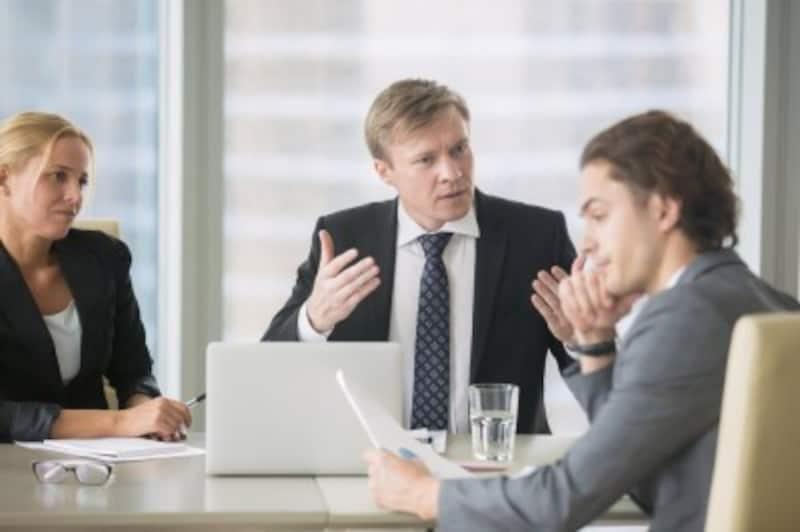 明るい職場づくりに必要なコミュニケーション・取組