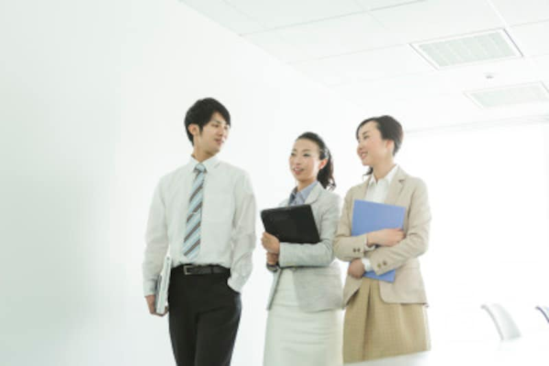ビジネスマナーの基本となる挨拶の心得