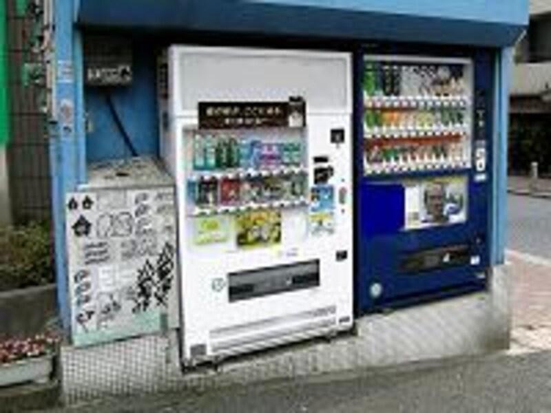 缶コーヒー1本10円!激安自販機