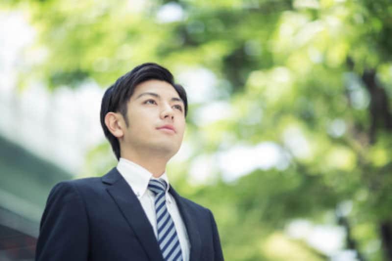 リクルートスーツは、ずっと君の就活を支えてくれるパートナー。納得できるものを選ぼう