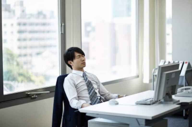 疲れているビジネスマン