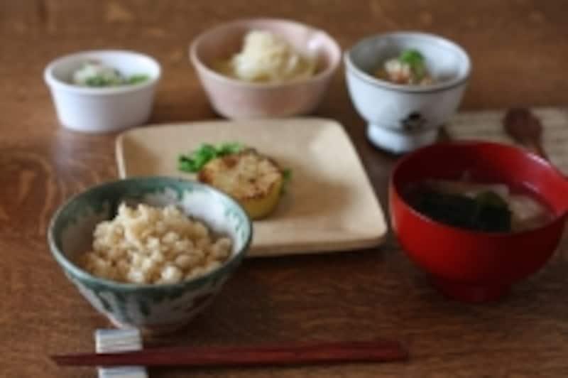 シンプルな調理で、素材の旨味や個性が引き立てられたお食事。