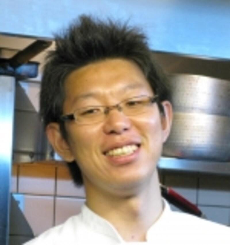「旬菜undefined桜花」のオーナー兼料理長、大阪食文化研究所代表undefined森田龍彦さん。