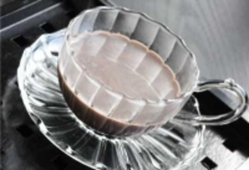 黒豆の煮汁と牛乳、ココアでつくる、黒豆ココア。