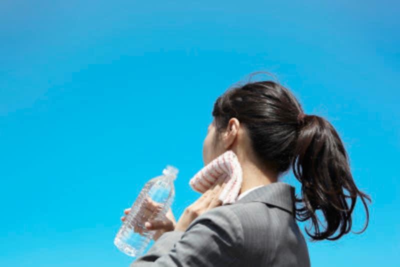 のどが渇く前に、こまめに水分補給をしましょう