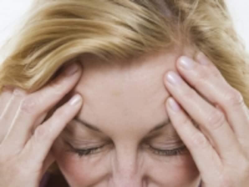 片頭痛は日本人の8%が悩んでいます。とくに女性に多く、ズキンズキンとした心臓の鼓動にあわせるような痛みがあります。