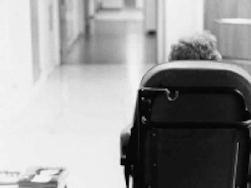 手足の動きが悪くなるギランバレー症候群。数ある神経の病気の中で、治癒が可能な病気なので早めの医療機関の受診が大事です。