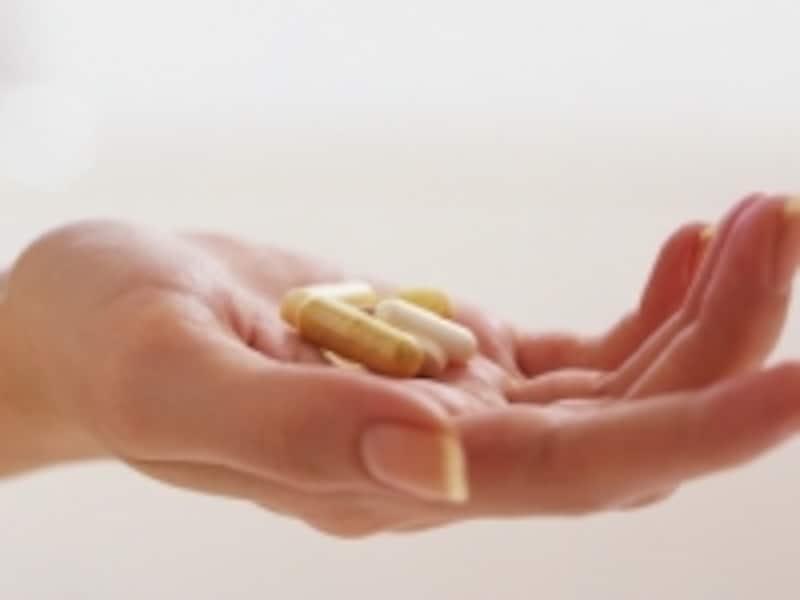 片頭痛はつらい頭痛ですが、薬でコントロールすることが可能です。適切な薬を見つけましょう。