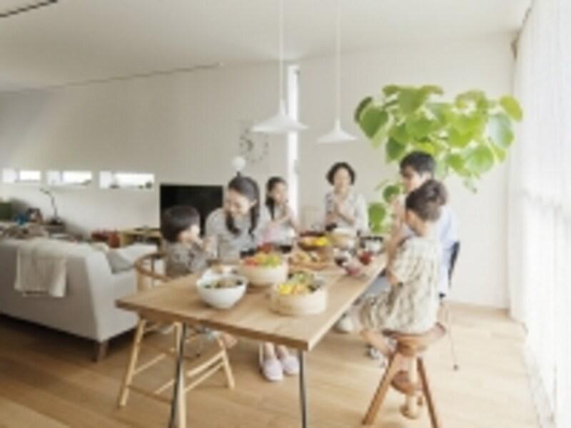 二世帯住宅は、親世帯、子世帯、どちらにも大きなメリットが