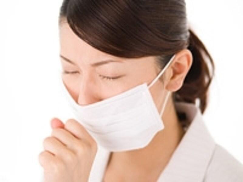 変な咳が長引くからといって結核とは限りません。同様の症状で違う病気と正確に区別する必要があります