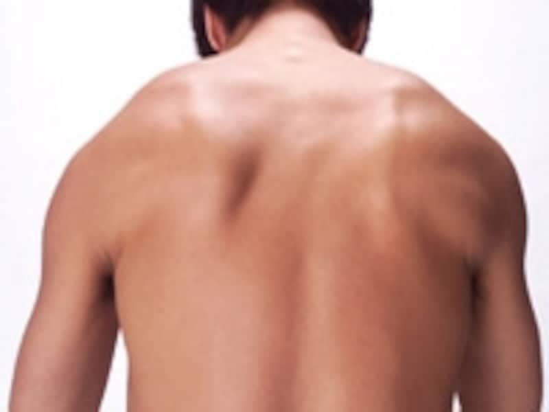 気付かない間に頚部や肩周辺の筋肉が緊張しているかもしれません