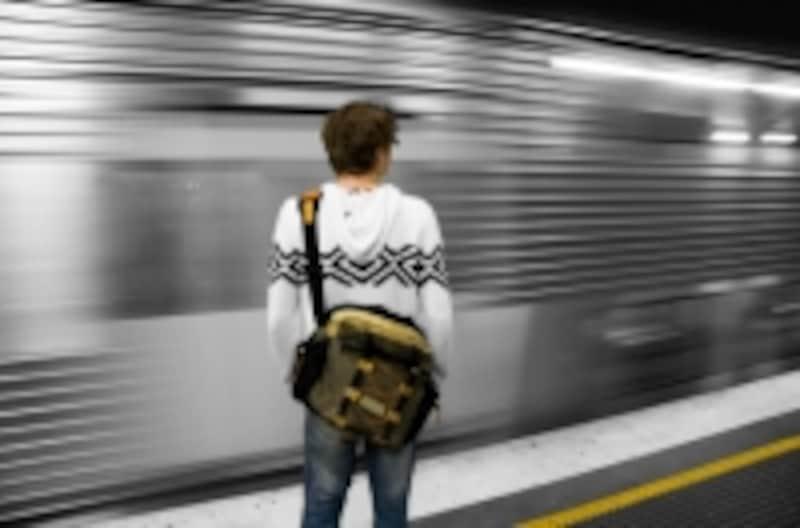 今でも、電車に乗れない人がいます