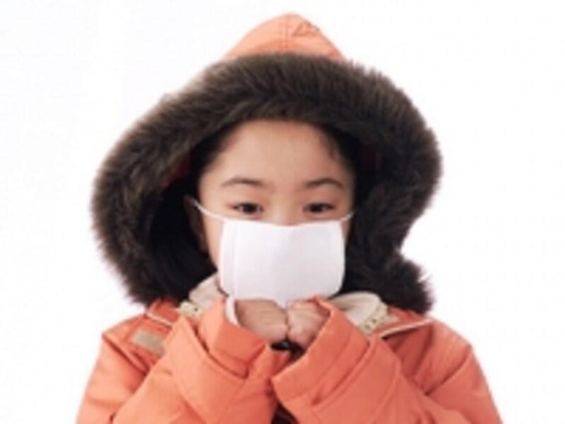 発熱をする事は少なく、咳がひどいのが百日せきです