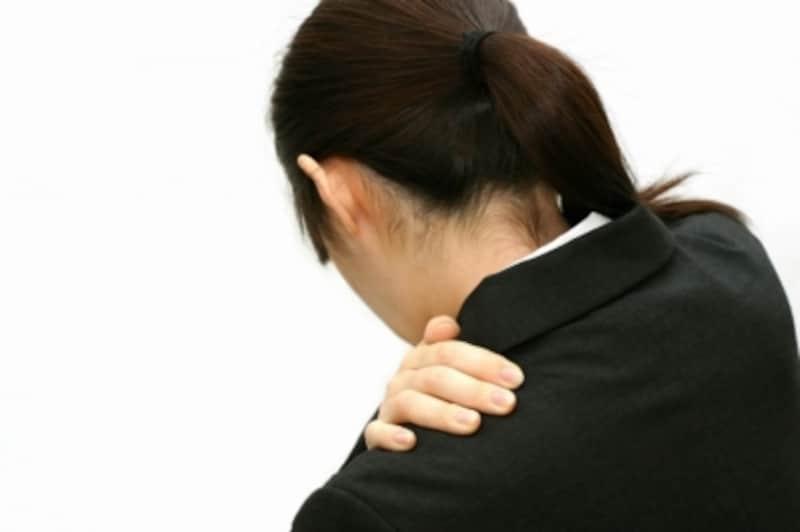 肩こりや頭痛も自律神経系の乱れと関係があるケースがあります